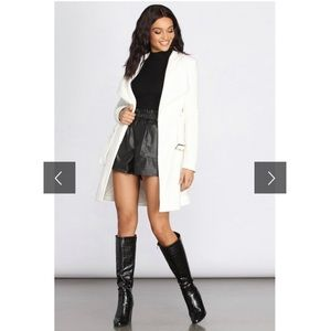 Soft fleece white trench coat Windsor